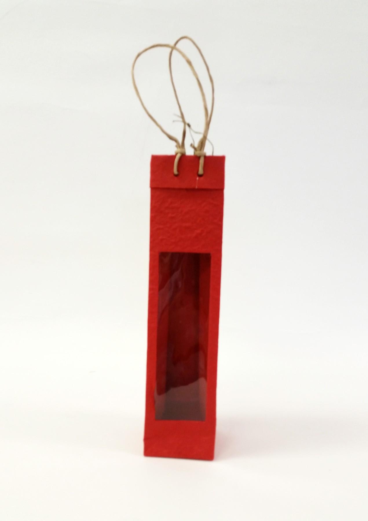 One-Bottle Window Bag in Red
